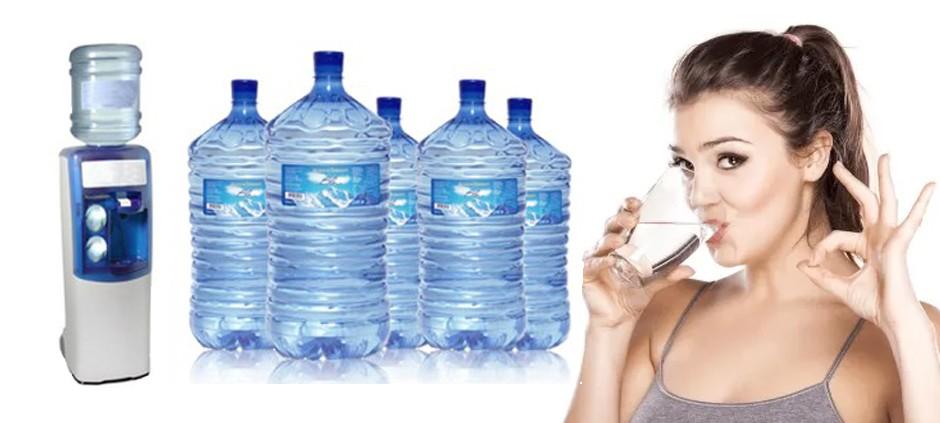 Distributori di acqua in boccioni